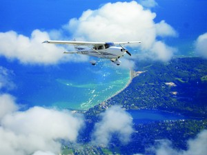 C172S N2322Y aircraft in flight